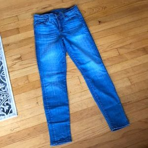 JCREW High Rise Skinny. Worn once. Great Condition